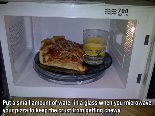 Tip on how to heat leftover pizza on a microwave without the crust getting chewy