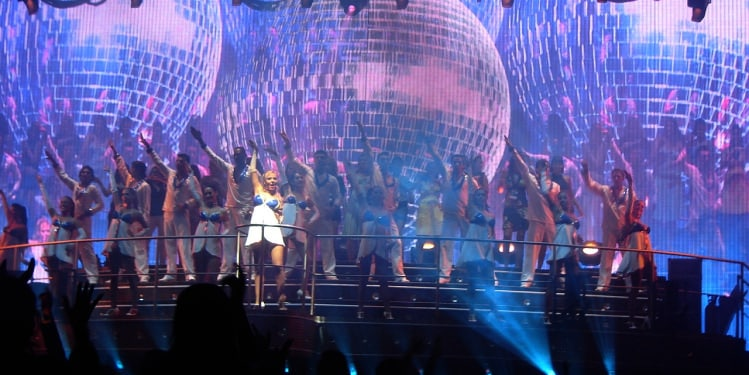Dances in Coco Bongo